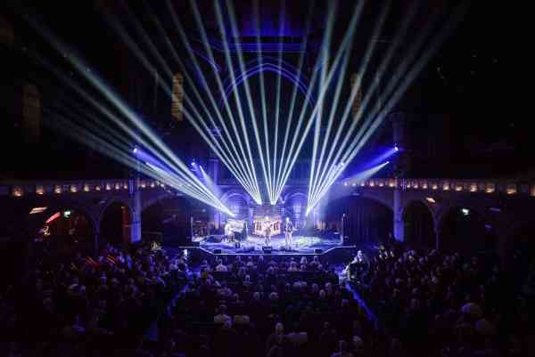 Union  Chapel 12 10 17  The  Young Uns 3    Photo By  Michael  Gethers Preview